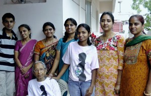 BIG NEWS!: World Moms Blog Sr. Editor in India Wins BlogHER Award!