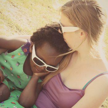 BELGIUM : Parenting – Keeping Them Close